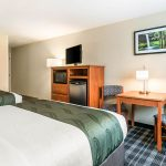 Two Queen Beds Room Amenities at Quality Inn & Suites Albany